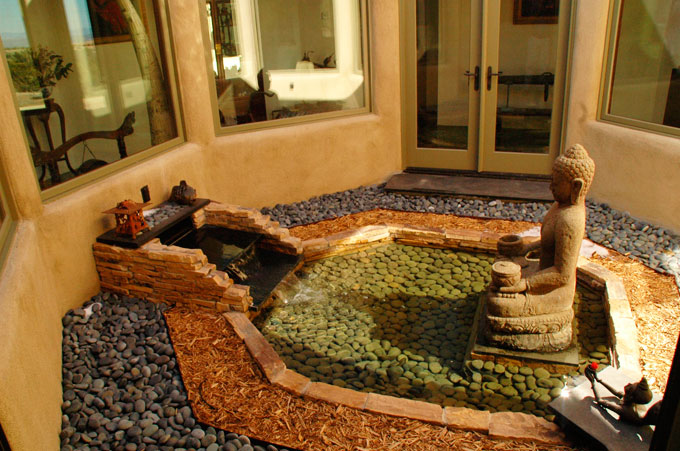 Outdoor fountain alter
